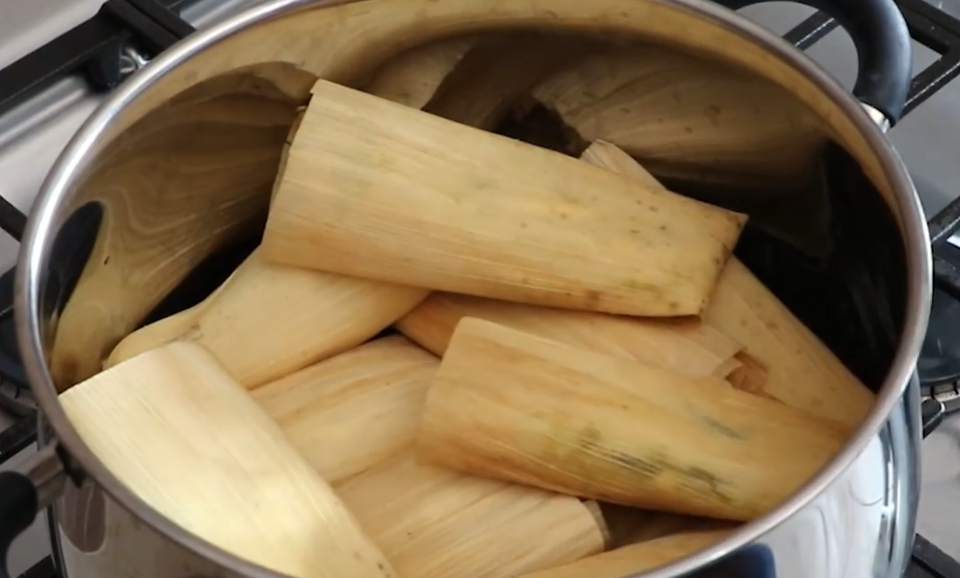 Cocer tamales